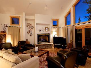 Perfectly Priced  4 Bedroom  - 1498-67916 - Breckenridge vacation rentals