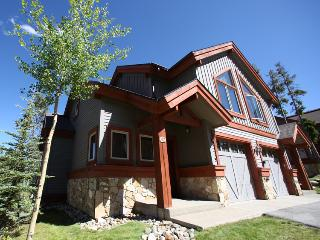 Perfectly Located  3 Bedroom  - 1498-52165 - Breckenridge vacation rentals