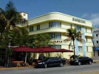 Beachfront Studio/Ocean Drive/Valet Parking/BARBIZON MOJITO - Miami Beach vacation rentals