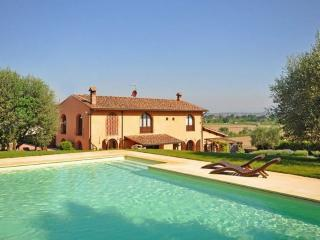 Villa with Private Pool and Easy Train Access to Florence - Villa Empoli - Quarrata vacation rentals