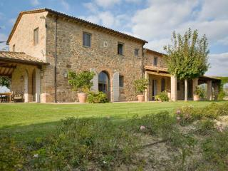 4 bedroom House with Internet Access in Chianni - Chianni vacation rentals