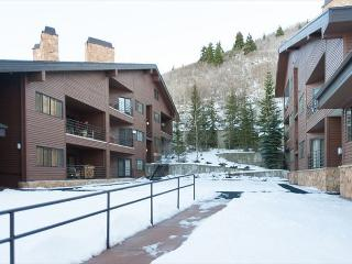 1BR/1.5BA Tranquil  Deer Valley Condo, Park City, Sleeps 4 - Park City vacation rentals
