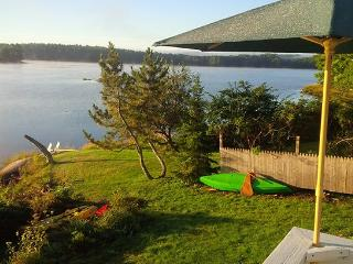 GREAT SALT BAY COTTAGE - Town of Newcastle - Newcastle vacation rentals