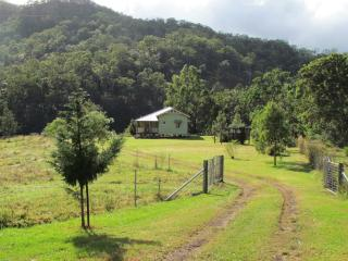 Nice 2 bedroom Cottage in Darlington - Darlington vacation rentals