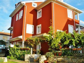 TH00430 Apartments Suzy&Elvis / Two bedrooms Rene A3 - Rovinj vacation rentals