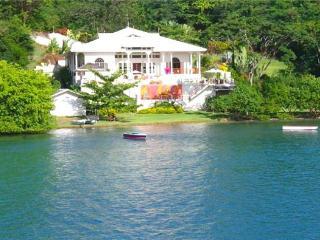 Waterfront Villa - Grenada - Lance Aux Epines vacation rentals