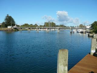 Nice 4 bedroom Port Fairy House with Deck - Port Fairy vacation rentals