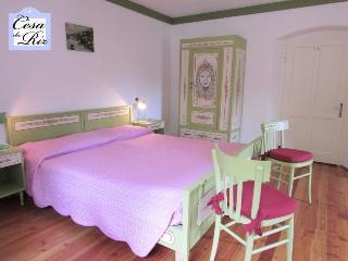 Cesa da Riz - Appartamento Dolomia 6+3 persone - Colle Santa Lucia vacation rentals