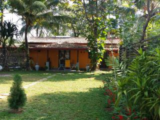 Cozy 2 bedroom Villa in Wadduwa - Wadduwa vacation rentals