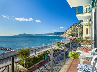 Lovely Townhouse with Outdoor Dining Area and Swing Set - Sestri Levante vacation rentals