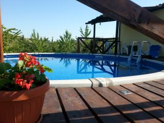 1 bedroom Cottage with Deck in Castilenti - Castilenti vacation rentals