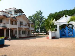 6 bedroom Villa with Internet Access in Khandala - Khandala vacation rentals