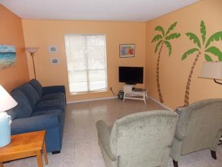Sunset Isle - recently updated 2 bedroom condo - Port Aransas vacation rentals