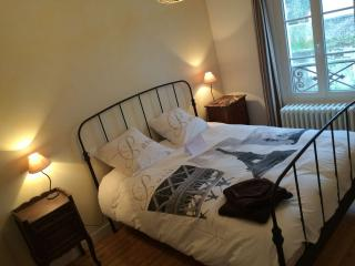 Comfortable Cottage with Internet Access and Central Heating - Jossigny vacation rentals