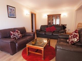 Allt Beag, Lochearnhead - spacious holiday cottage - Lochearnhead vacation rentals