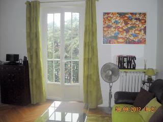 Romantic 1 bedroom Aix-les-Bains Condo with Internet Access - Aix-les-Bains vacation rentals
