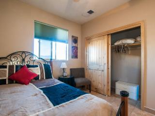 Casita detatched from main home w/own entrance. - Los Ranchos de Albuquerque vacation rentals
