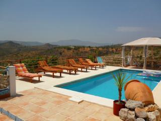 Villa Rio Magro, Modern, Spacious, Private pool, - Bunol vacation rentals