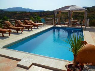 Villa Rio Magro, Modern, Spacious, Private pool, - Cortes de Pallas vacation rentals