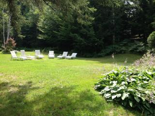 2 bedroom Apartment with Internet Access in Northfield - Northfield vacation rentals