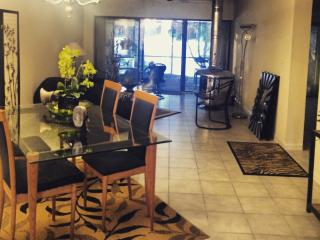 LAKE VIEW HOUSE NEAR SAWGRASS MALL - Sunrise vacation rentals