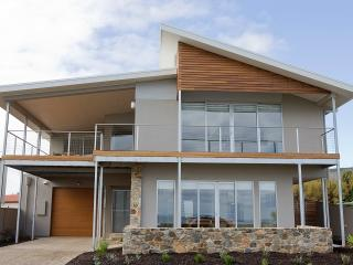 Sea La Vie, Sellicks Beach, Australia - Sellicks Hill vacation rentals