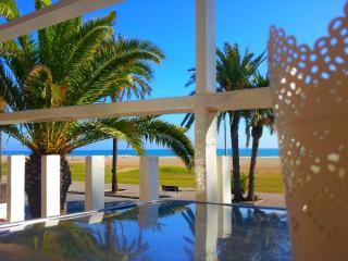 BeachFront Apt.4 + balcony + view + Barcelona - Castelldefels vacation rentals