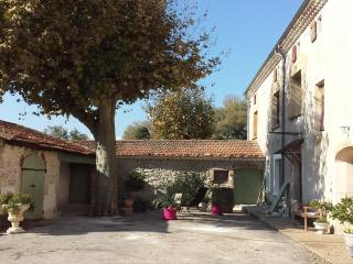Nice Gite with Internet Access and Satellite Or Cable TV - Marsanne vacation rentals