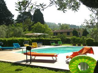 Villa Rosita, tuscan country close to Florence - Prato vacation rentals