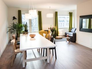 AMSTERDAM CENTRAL LEIDSEPLEIN - AT MAGNELLI -  IV - Amsterdam vacation rentals