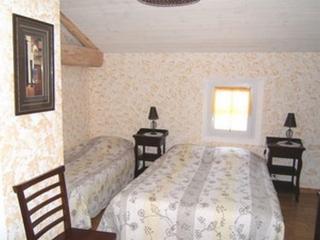 Chambre d'Hôtes jusqu'à 5 personnes - Labruguiere vacation rentals