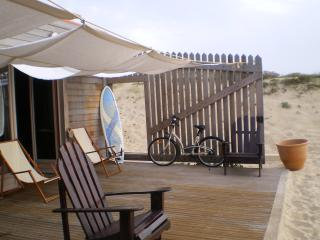 Bright 3 bedroom Hossegor Beach hut with Dishwasher - Hossegor vacation rentals
