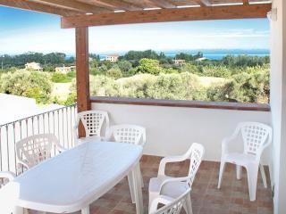 Appartamento con veranda vista mare - Bari Sardo vacation rentals