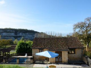 The Haybarn at Le Manoir des Granges,Dordogne. Pool. Amazing views - Peyzac-le-Moustier vacation rentals