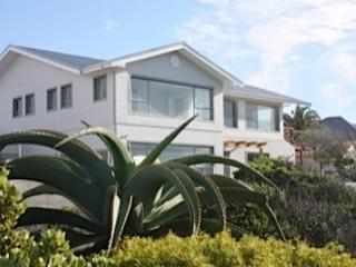 From the Cliffpath - Ocean front Villa, 2-6 bedroom Cliffpath Westcliff - Hermanus - rentals