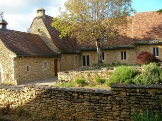 Le Logis de Contie, gîte de charme typique, de 220 m2, entre Sarlat et Lascaux. - Archignac vacation rentals