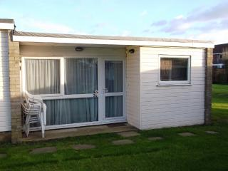 Superior Chalet 36 Burmuda Site Hemsby, Great Yarmouth, Norfolk Broads - Hemsby vacation rentals