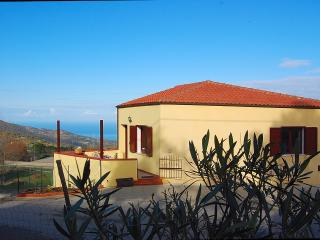 Cozy 2 bedroom House in Tusa - Tusa vacation rentals