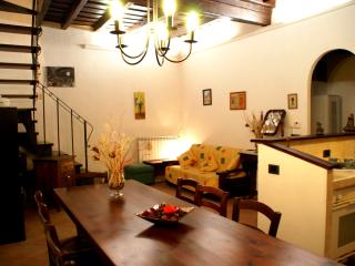 Cozy 2 bedroom Bagnaia Condo with Internet Access - Bagnaia vacation rentals