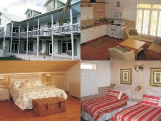 Cozy 2 bedroom Man-O-War Cay Condo with Deck - Man-O-War Cay vacation rentals