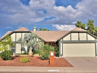 Sport Lovers Paradise. On Golf Course with Pool. - Phoenix vacation rentals