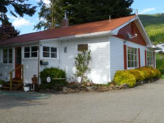 Mountainside Cherries Guest House - Creston vacation rentals