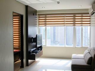 Makati Place Upscale and Urban FF Studio - Quezon City vacation rentals