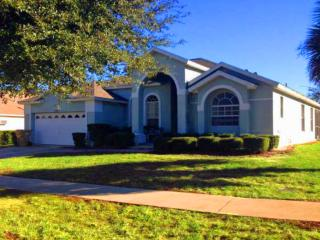 4 BEDROOM, 3 BATH VILLA WITH SOUTH FACING POOL - Orlando vacation rentals
