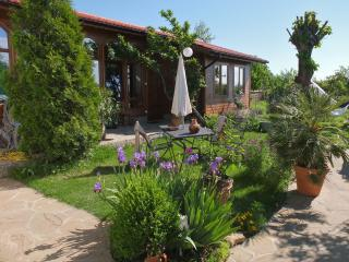 Nice 1 bedroom Popovo Guest house with Deck - Popovo vacation rentals
