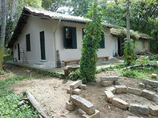 casa colonial no centrinho da lagoa - Lagoa da Conceicao vacation rentals
