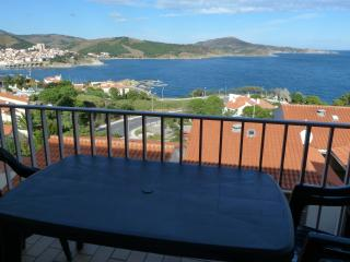 T2 vue panoramique sur mer banyuls et montagne - Banyuls-sur-mer vacation rentals