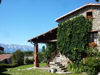 Casa rural cal Rei - Vielha vacation rentals