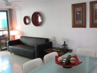 Aluguel apartamento Praia do Morro Guarapari c/ ar - Guarapari vacation rentals