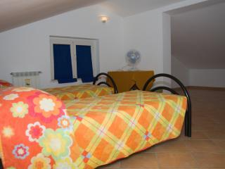 Nice Bed and Breakfast with Housekeeping Included and Television - Montereale vacation rentals